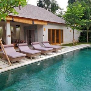 Bali Asri Batu Belig Villa 9