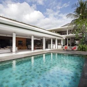 Dea Villa Dewi Sri