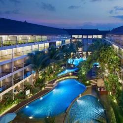 Ramada Encore Hotel Seminyak - Pool Side