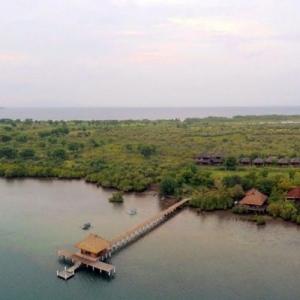 Naya Gawana Resort  Spa - Lumbung Suites