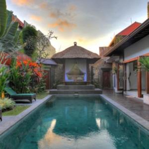 Villa Green Mango (clara Virgietha)