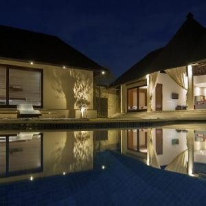 Willys Villa 3