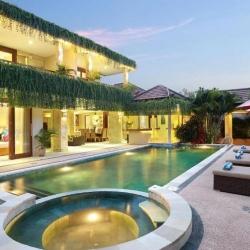 Villa J Deluxe