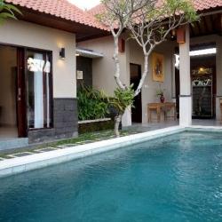 Griya Shanti Villas